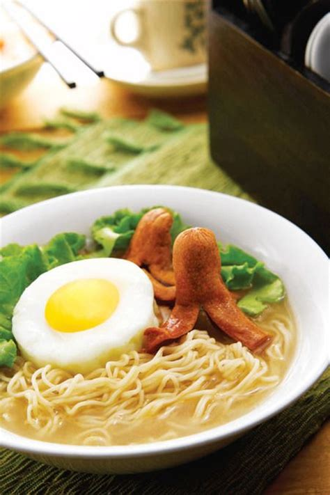 ttm tips trik memasak resep chiken katsu indonesian mie rebus diberi tambahan telur goreng daun selada dan
