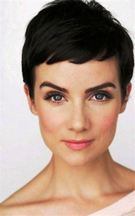 hairstyles for damaged bangs 27 best pixie haircut with bangs for women images on