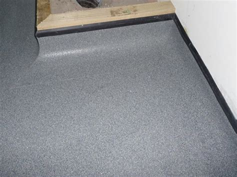 modern bathroom mats