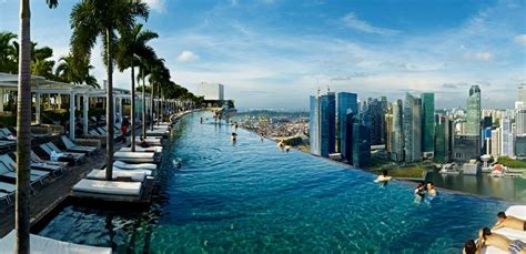 famous boat hotel singapore 48 hours in singapore the rooftop pool at marina bay sands