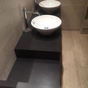 cambiare vasca da bagno senza togliere vecchia rifare il pavimento senza togliere il vecchio infissi