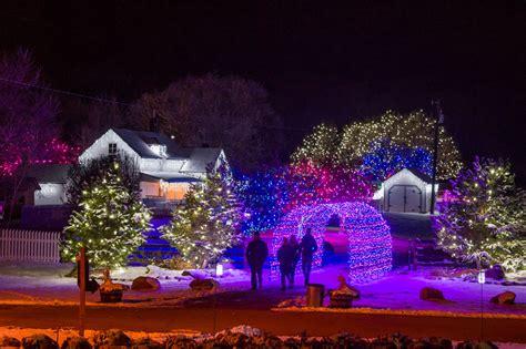 denver botanic gardens lights trail of lights denver botanic gardens