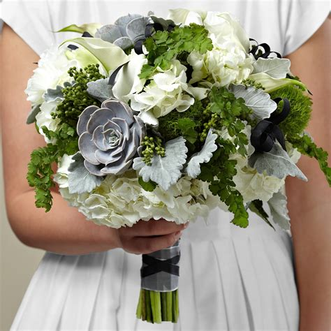 Wedding Bouquet Of Flowers by Affordable Wedding Flowers Wedding Florist