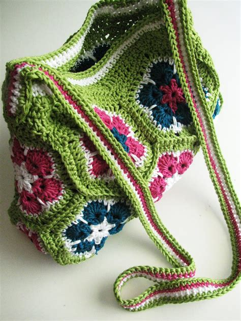 african flower crochet pattern bag african flower bag finished yarn madness