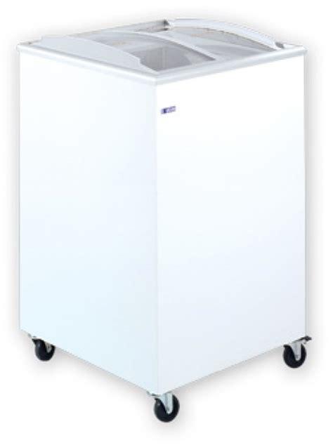Sliding Curved Glass Freezer 520 L udd 100 scb chest freezer with sliding curved glass top