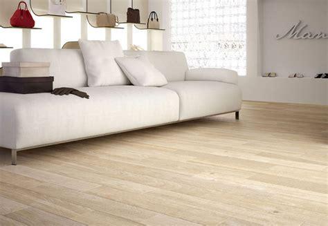 pavimenti interni moderni pavimenti interni pavimento laminato ceramica pavimento