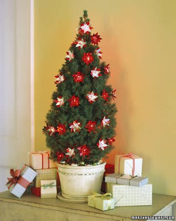 martha stewart pet safe christmas tree twinkling flowers step by step diy craft how to s and martha stewart