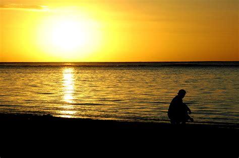 coucher de soleil file coucher de soleil flic en flac ile maurice jpg