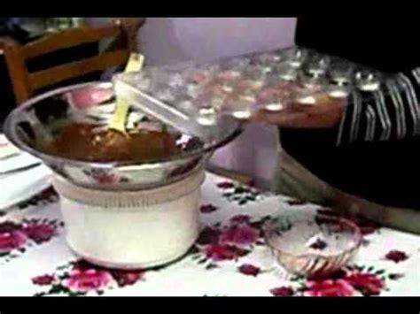 cara membuat donat bersalut coklat cara membuat coklat guru coklat badam cincang youtube