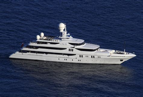 Lada Tieferlegen by Yacht Charter Price Codecasa Luxury Yacht