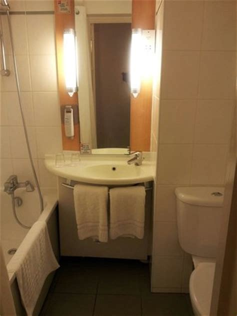 stinky bathroom smelly bathroom picture of ibis london heathrow airport