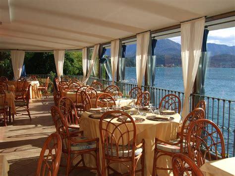 camin hotel luino lago maggiore hotel camin colmegna foto s bekijk vakantiefoto s