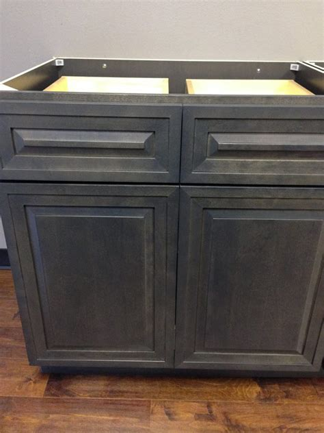 cabinets now in las vegas central cabinets direct local business las vegas