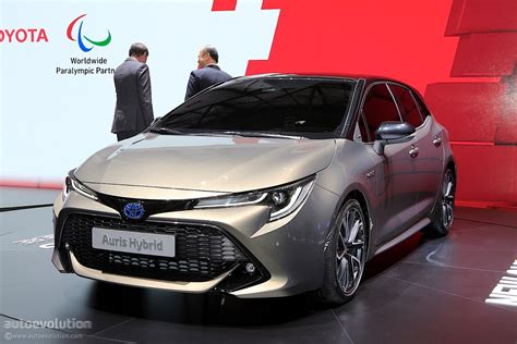 2019 toyota auris shows up in style in geneva to stir the
