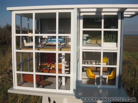 1000 Images About Modern Doll House On Pinterest Contemporary Beach House Mini