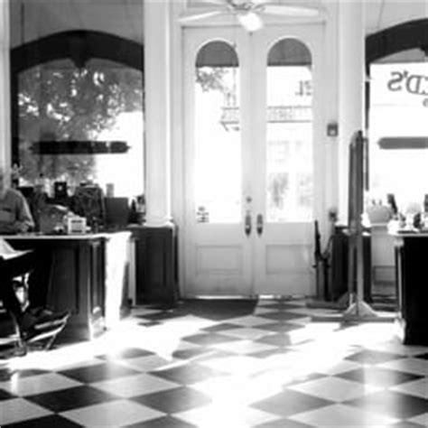 barber downtown nashville collins and co barbershop 40 photos 47 reviews