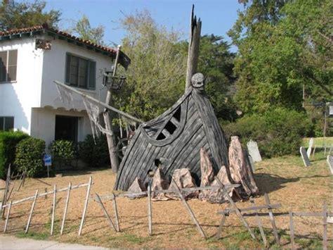 barco pirata halloween barco pirata en el patio delantero de la decoraci 243 n de