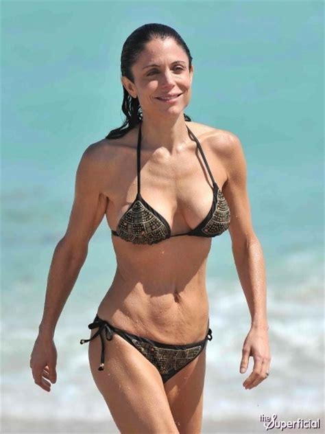 celebrity bethenny frankel bethany frankel s mommy tummy in a bikini fitsperation