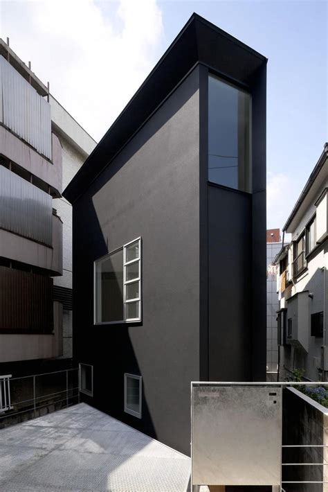 the skinny house extremely narrow house modern house designs
