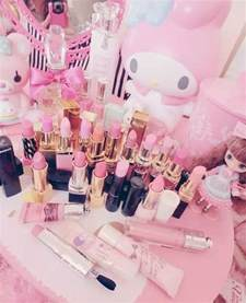 Makeup Desk Quote Pink Makeup Table Image 2766068 By Taraa On