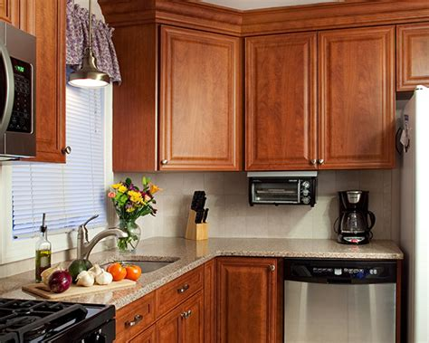 what paint colors look best with cherry cabinets