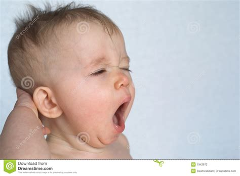 yawning images the gallery for gt yawning baby