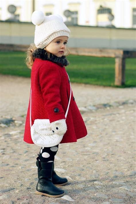 winter outfits fuer maedchen  stilvolle ideen fuer