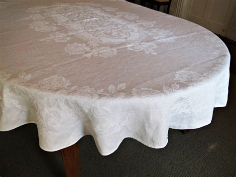 oval oblong banquet tablecloth vintage damask linen