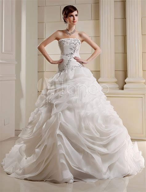 ball gown strapless court train organza pleated