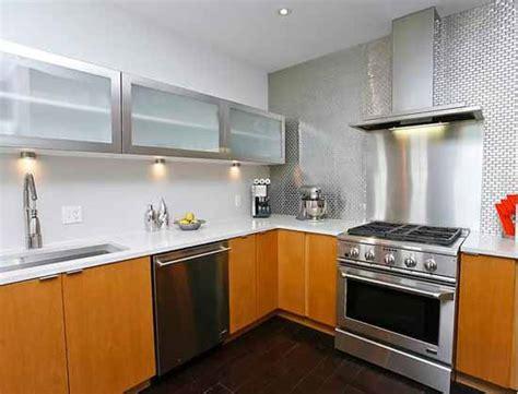 ide dapur modern  lemari dapur aluminium desain
