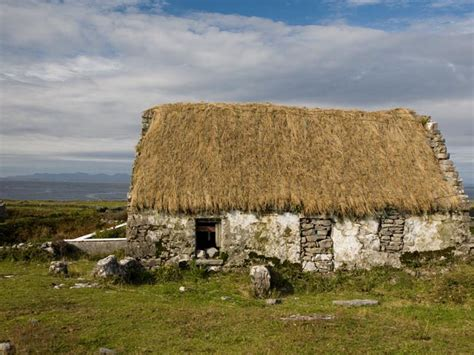 the magic of ireland s thatched cottages photos