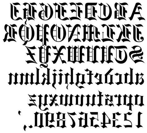 tattoo vorlagen buchstaben altdeutsch motive tattoo