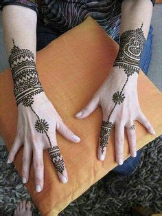henna on pinterest mehndi mehendi and henna feet