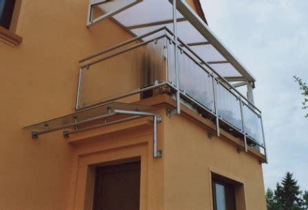 geländer terrasse gel 228 nder balkongel 228 nder in edelstahl unter einem vordach