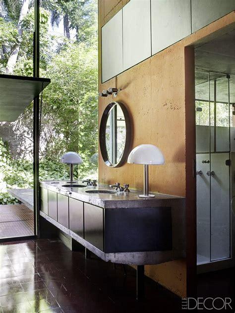 modern luxury bathrooms    indulgent