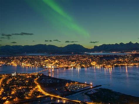 Tromso Northern Lights 7 μέρες βόρειο σέλας στη νορβηγία τρόμσο Kρουαζιέρα