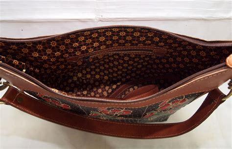 Tas Wanita Handbag Kulit Bat 01 bp01 motif 11 tas kulit handbag batik tulis 2 mode