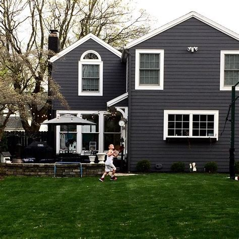 grey house 25 best ideas about gray houses on