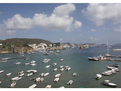 porto ponza porto di ponza mare porti turistici a lazio inautia