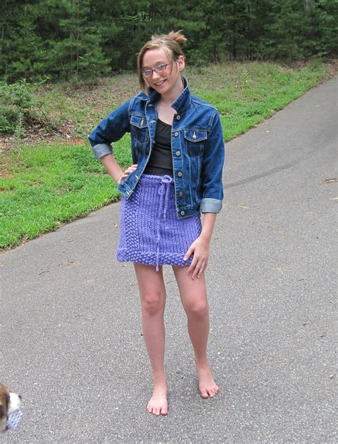 skirt pre teen tween to teen skirt knitting pattern from ages 7 to teen