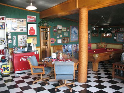 rec room store country store