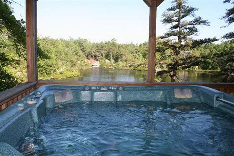 Poconos House Rentals by Lakefront Luxury Pocono Vacation Rentals Pocono