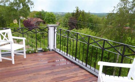 terasse mit holz 914 balkonbelag aus walaba holz terrassen selber bauen