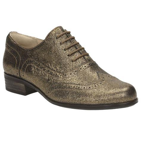 clarks hamble oak womens wide casual shoes from