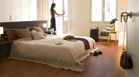 laminate flooring in bedrooms choosing the bedroom flooring step co uk