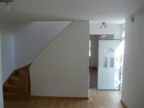 Papier Peint Montée D Escalier by Comment Tapisser Une Monte D Escalier Surmont Duune