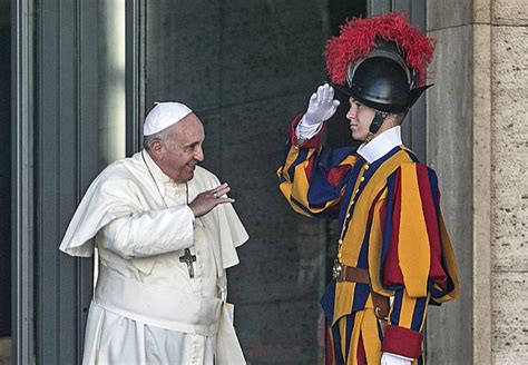 papa francesco santa sede papa francesco a guardie svizzere siete un 171 manifesto