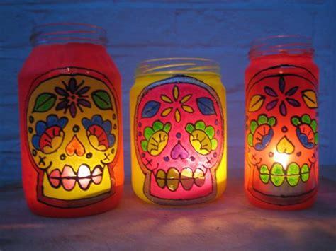 decorar vasos de mayonesa frascos de vidrio reciclados ideas bonitas y diferentes