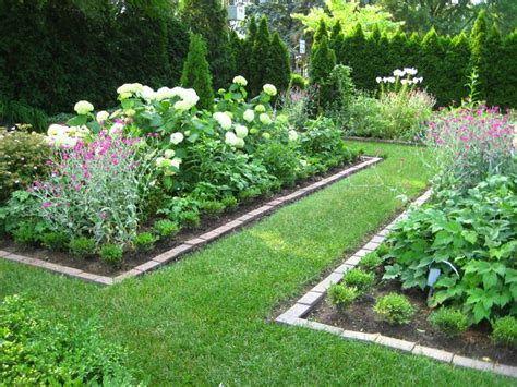 backyard flower beds backyard flower bed ideas shhhh secret garden