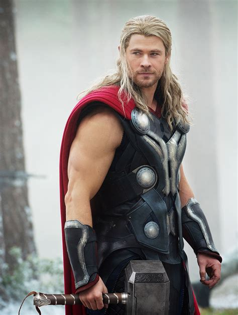 thor movie actor name which avenger would you date instyle